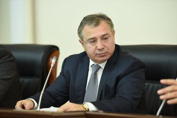 Премьер-министр Б.Т. Бутба. Архивное фото. - Sputnik Абхазия