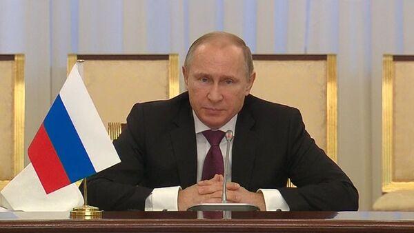 Путин на встрече с Каримовым перечислил сферы сотрудничества Узбекистана и РФ - Sputnik Абхазия