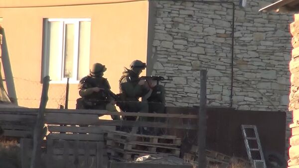 Силовики обстреляли дом с боевиками во время спецоперации в Дагестане_СПУТНИК - Sputnik Абхазия
