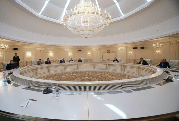 Встреча трехсторонней контактной группы в Минске - Sputnik Абхазия