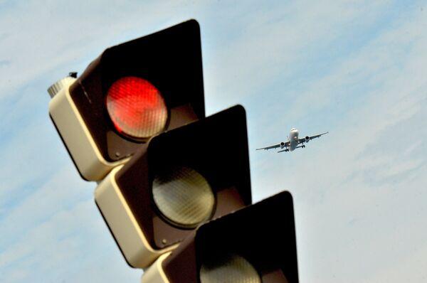 Самолет заходит на посадку в международный аэропорт Ниццы - Sputnik Абхазия