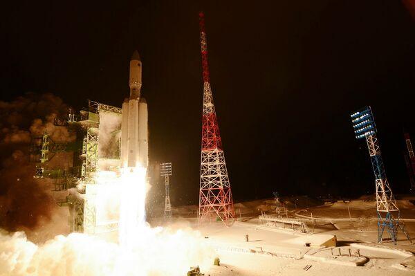 Первый пуск ракеты тяжелого класса Ангара-А5 - Sputnik Абхазия