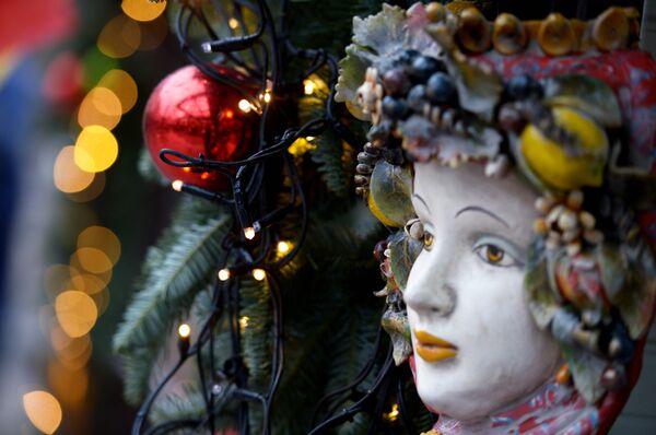 Кукольный театр на площадке Пинокио во время фестиваля Путешествие в Рождество, проходящего в Москве - Sputnik Абхазия
