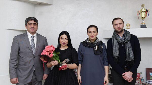 Вручение награды Молодой лидер Луке Гаделия и Кристине Эшба - Sputnik Абхазия