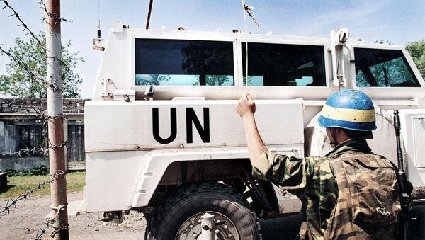 Автомобиль миротворцев ООН. Архивное фото - Sputnik Абхазия
