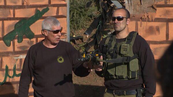 СПУТНИК_Уроки стрельбы для самозащиты, или Чему обучают туристов в Израиле - Sputnik Абхазия