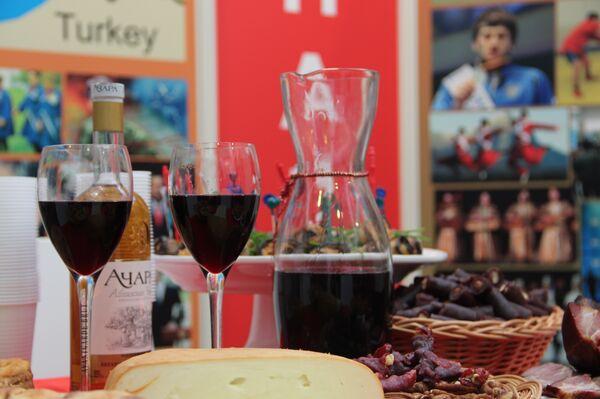 Абхазское вино на выстваке Зеленая неделя 2015 в Берлине - Sputnik Абхазия