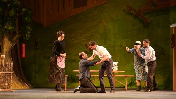 Пьеса «Кукла» в исполнении Абхазского государственного молодежного театра. - Sputnik Абхазия