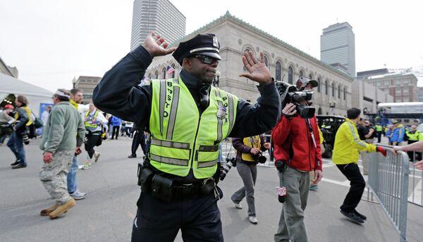 Полицейский на улице Бостона. Архивное фото. - Sputnik Абхазия