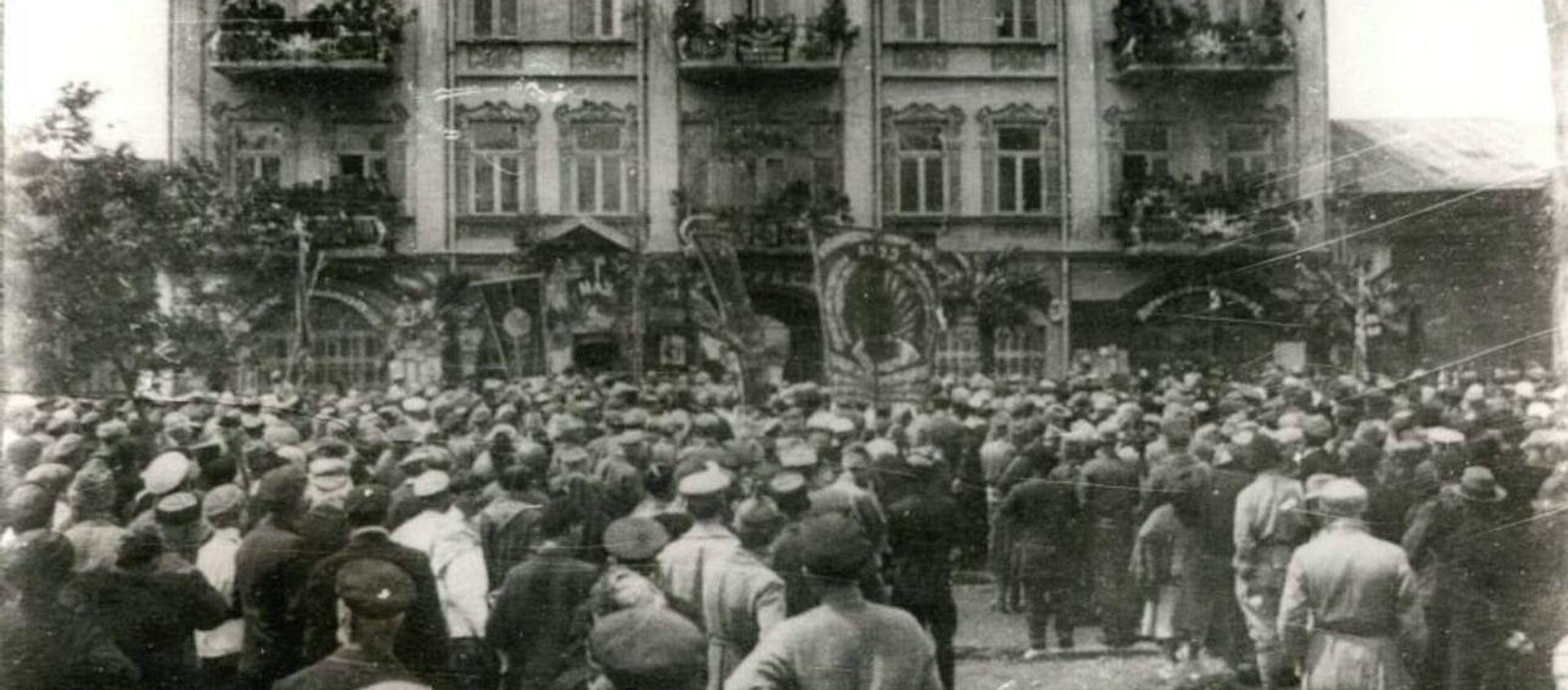 Митинг в Сухуме. Март 1921 г. - Sputnik Абхазия, 1920, 04.03.2021