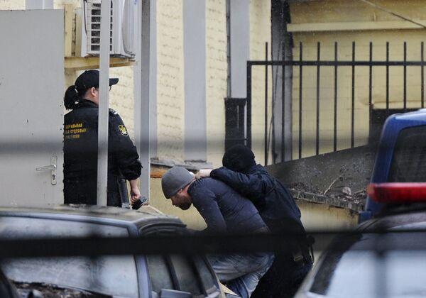 Подозреваемые в убийстве Б.Немцова доставлены в Басманный суд - Sputnik Абхазия