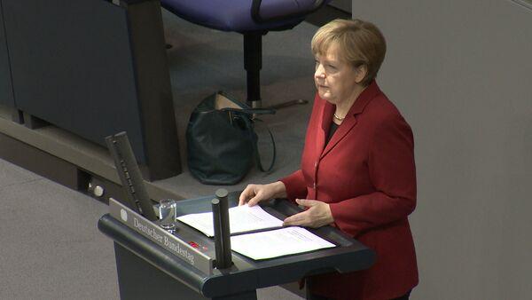 Мы не хотим и не будем их отменять – Меркель о санкциях против РФ - Sputnik Абхазия