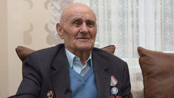 Ветеран ВОВ Мумджян Андроник Николаевич - Sputnik Абхазия