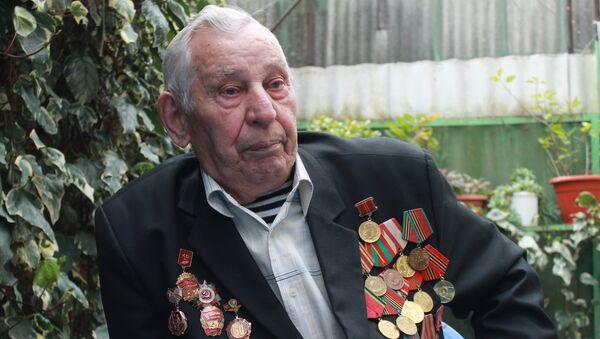 Ветеран ВОВ Петр Гребенюк. - Sputnik Аҧсны