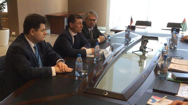 Топилин рассказал о важности подписанных между РФ и Абхазией соглашениях - Sputnik Абхазия