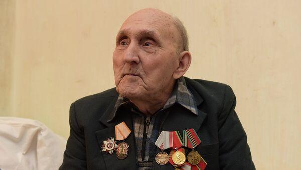 Аветеран Разаренов: Днепр ҳаныруаз ҳаибашьцәа маҷҩымкәа иҭахеит - Sputnik Аҧсны