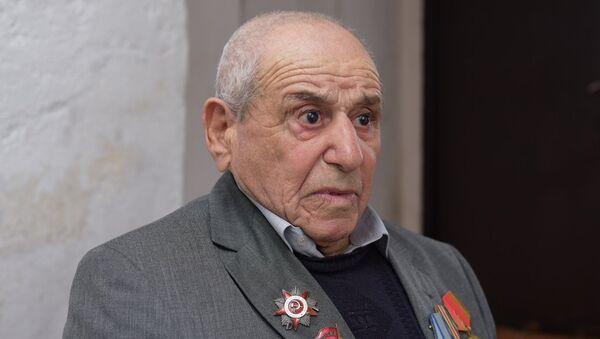 Ветеран ВОВ Калайджян Аведис - Sputnik Абхазия