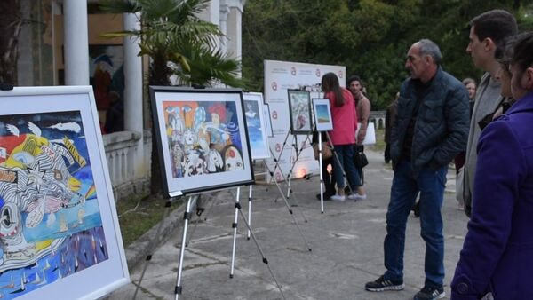 На Платформе талантовпредставили работы молодых художников - Sputnik Абхазия