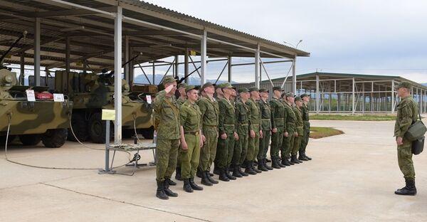 Вооружение Российской военной базы готовят к летнему периоду обучения - Sputnik Абхазия