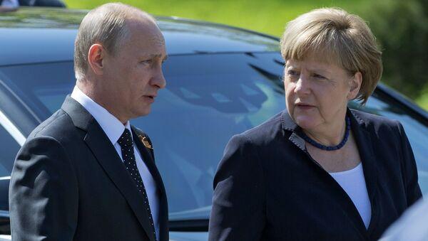 Президент РФ В.Путин и канцлер Германии А.Меркель - Sputnik Абхазия