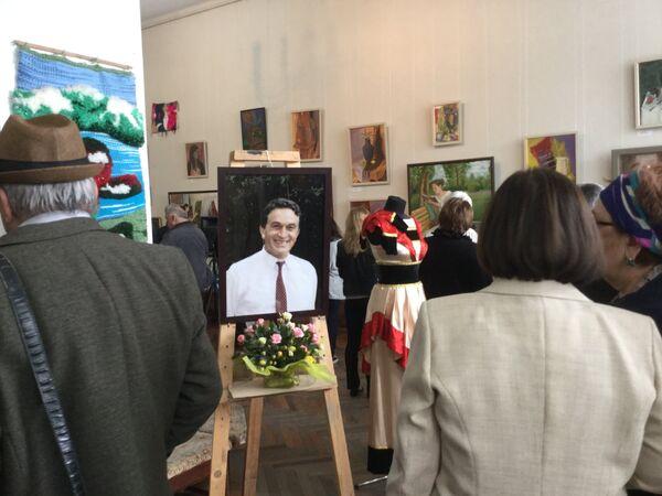 В ЦВЗ открылась фотовыставка в память о Владиславе Ардзинба. Фото с места события. - Sputnik Абхазия