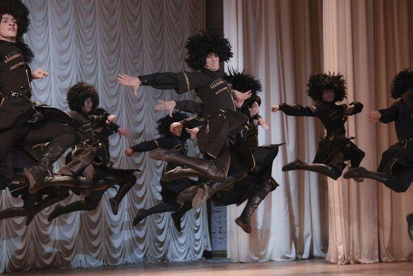 Национальные танцы - Sputnik Абхазия
