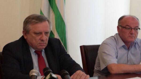 Миквабия рассказал о визитах в Москву, Татарстан и об участии в ПМЭФ - Sputnik Абхазия