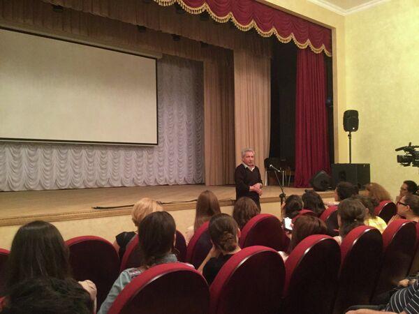 В Сухуме начался мастер-класс режиссера театра и кино Валерия Ахадова - Sputnik Абхазия