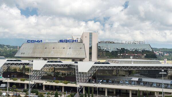 Вид на аэропорт Адлер в Сочи. Архивное фото. - Sputnik Абхазия