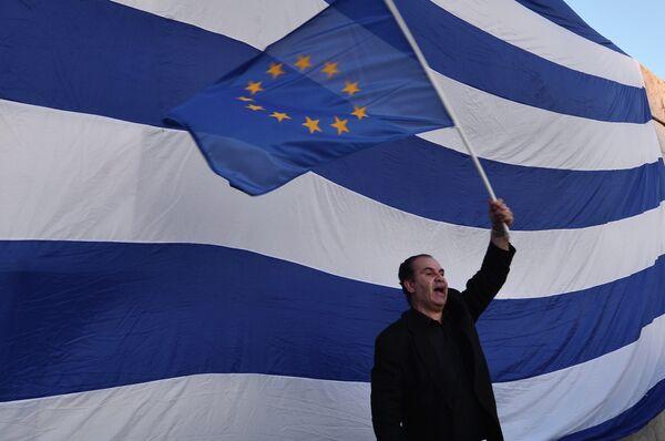 Глава греческой общины Абхазии о кризисе в Греции: дефолт неизбежен - Sputnik Абхазия