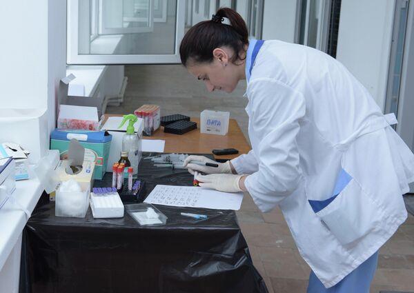 В Абхазии начали испытывать препарат против смертельных заболеваний. - Sputnik Абхазия