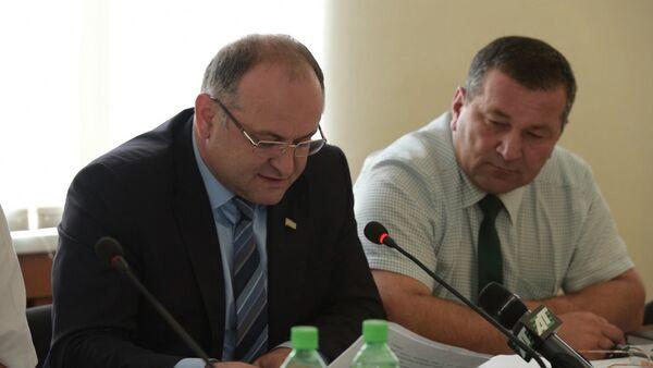 Депутат Агрба разъяснил особенности антикоррупционного закона - Sputnik Абхазия
