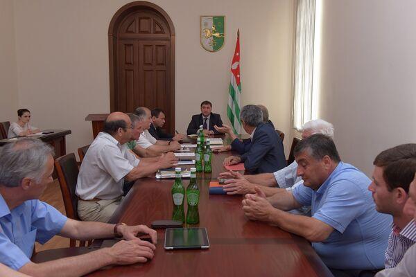 Заседание комиссии по борьбе с огневкой - Sputnik Абхазия
