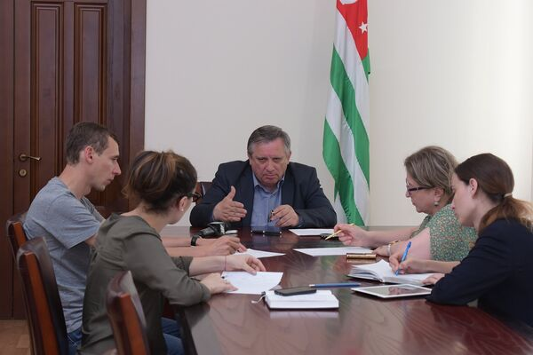 Брифинг  Миквабия А.А.по ликвидации последствий стихийного бедствия - Sputnik Абхазия