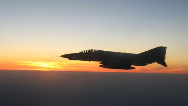 Истребитель ВВС Турции. Архивное фото. - Sputnik Абхазия