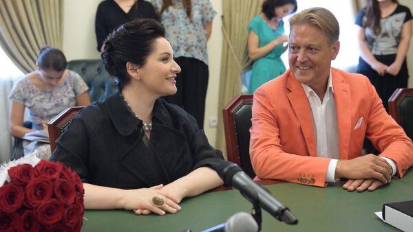Герзмава и Сладковский пригласили президента Хаджимба на концерт - Sputnik Абхазия