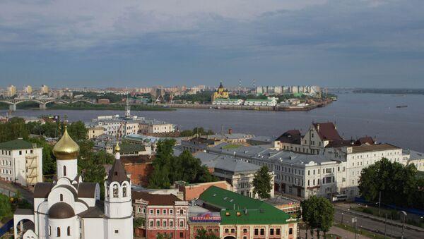 Вид на Нижний Новгород в месте слияния рек Волги и Оки. - Sputnik Абхазия