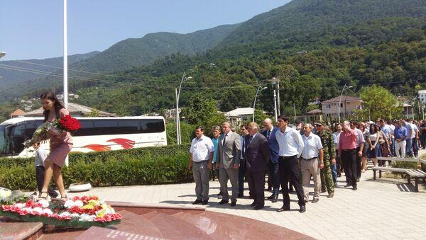 В Гагре почтили память погибших бойцов в ходе отечественной войны народа Абхазии. - Sputnik Абхазия