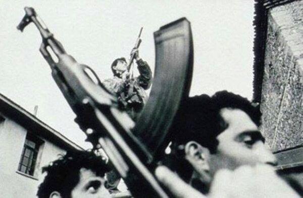 Законы молодой республики пришлось отстаивать с оружием в руках - Sputnik Абхазия