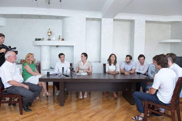 Встреча Арсалия со студентами - Sputnik Абхазия