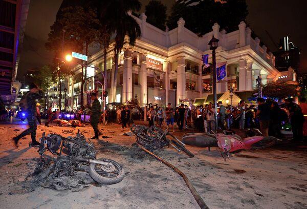 Солдаты на месте взрыва в Бангкоке. 17 августа 2015. - Sputnik Абхазия