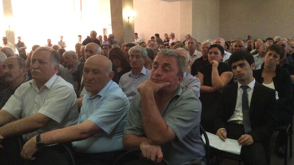 Хаджимба прокомментировал вопрос продажи недвижимости иностранцам - Sputnik Абхазия