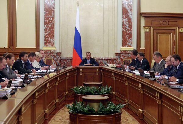 Премьер-министр РФ Д.Медведев провел заседание правительства РФ - Sputnik Абхазия