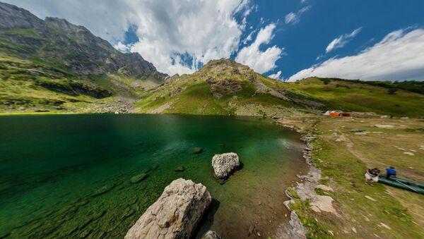 Озеро Мзы. - Sputnik Абхазия