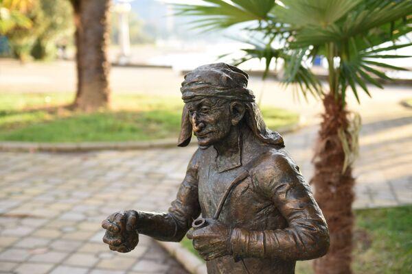 Скульптура Тачкума. - Sputnik Абхазия