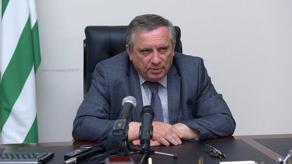Аԥсны Аԥыза-министр Артур Амқәаб. - Sputnik Аҧсны