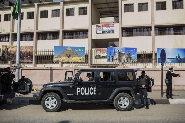 Египетские полицейские. Архивное фото. - Sputnik Абхазия