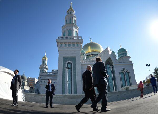 Открытие после реставрации главной мечети Москвы - Sputnik Абхазия