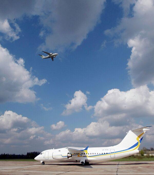Самолет Украины. архивное фото - Sputnik Абхазия