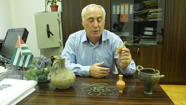 Аркадий Джопуа рассказал о новых находках экспедиции в Нижней Эшере - Sputnik Абхазия